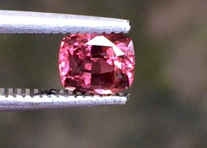 0.83 Cts Natural Padparadscha Sapphire Unheated Slightly Orangish Pink