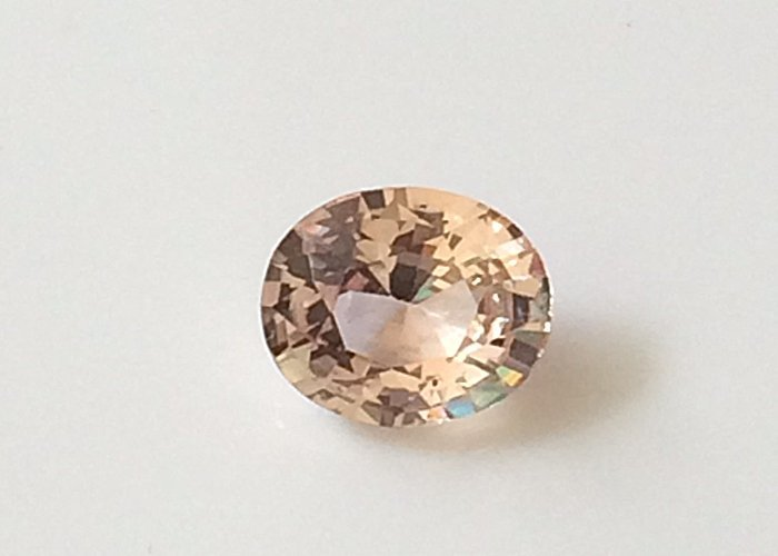 1.06 Cts Natural Unheated fancy Sapphire Certified Vivid Sapphire